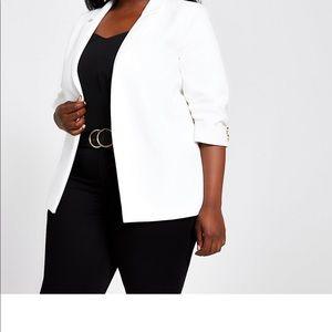 Gorgeous white ruched blazer 3/4 sleeve size18